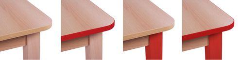Děstké stoly se zakulacenými hranami.
