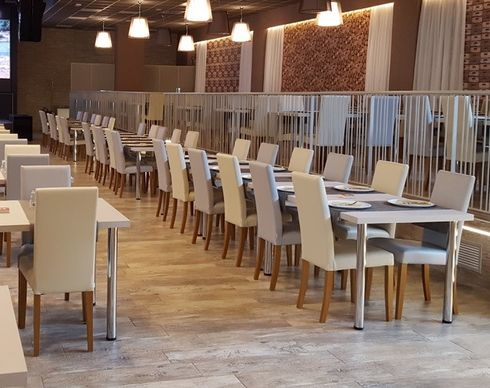 Kovové stoly M4C