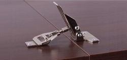 Stolové spojení pro skládací stoly