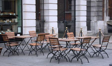 Dřevěný stůl SENJA