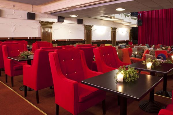 Theatre Cafe Royal 2