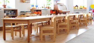 Detské drevené stoly