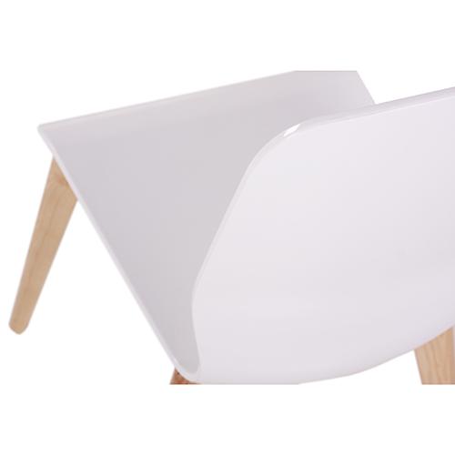 Plastová sedaqdlová skořepina