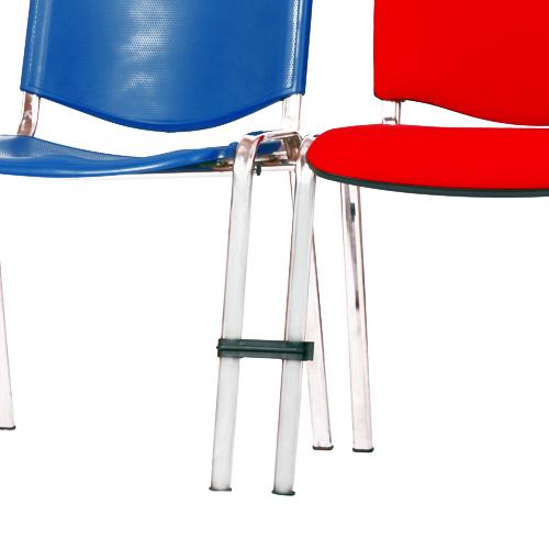 Plastové spojení židlí do řady