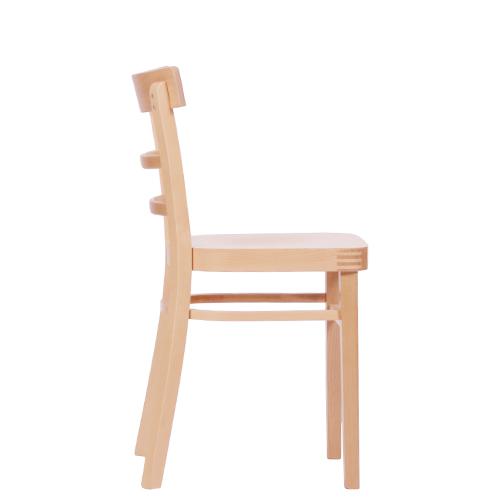 Dřevěná jídelní židle