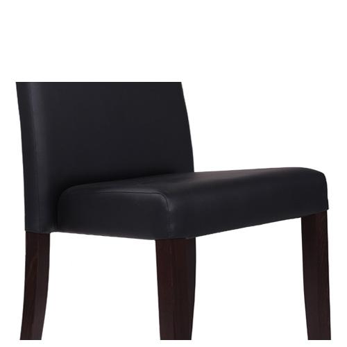 Čalůněné stoličky s možnosťou stohovania