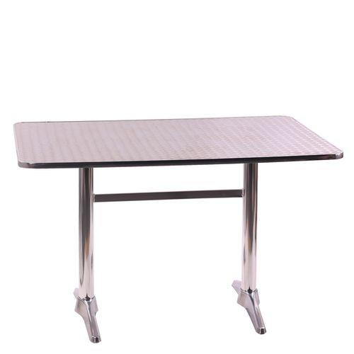 Hliníkové zahradní stoly