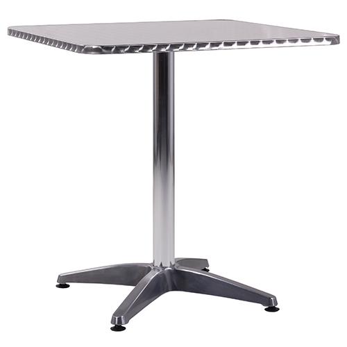 Venkovní stoly