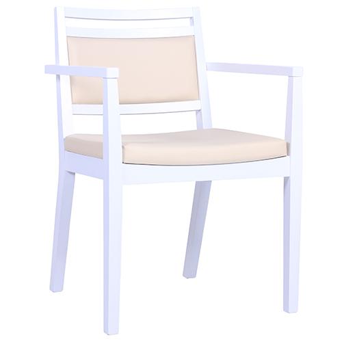 Drevené stoličky s lakťovou opierkou do reštaurácie