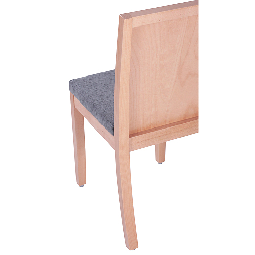 Dřevěné čalouněné židle do restauarce