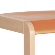 pastelová oranžová sedák