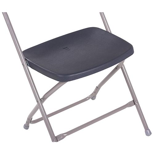 Kovové stoličky pre bankety