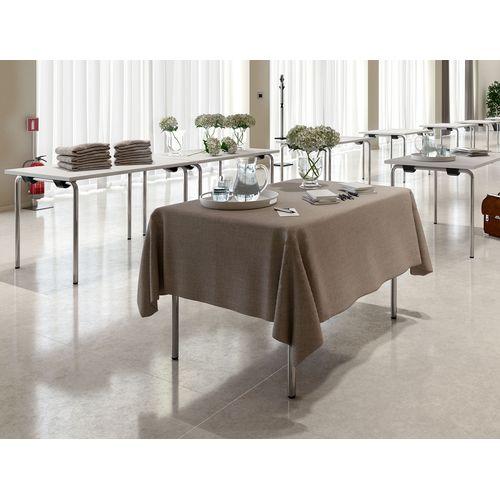 Servírovací stoly