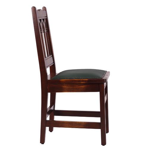 Dřevěné bukové židle s gotickým motivem