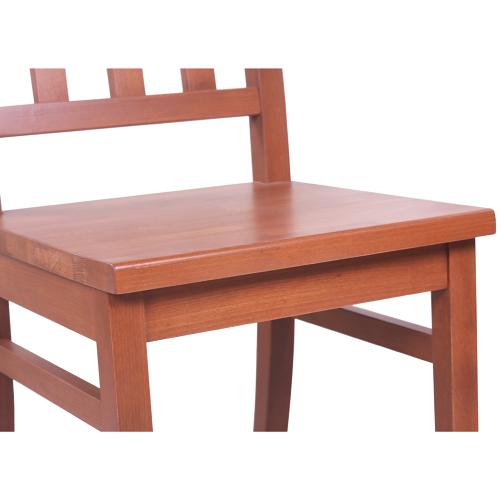 Drebvěné stoličky do reštaurácie