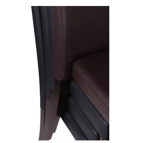 Štosovatelné židle