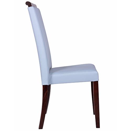 Stoličky s možnosťou stohovania