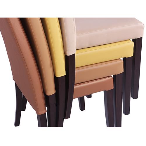 Stohování židlí