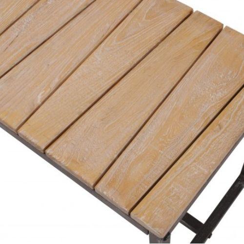 Nábytek z recyklovaného dřeva