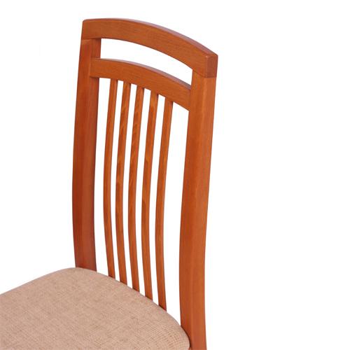Čalouněné židle s dřevěnou opěrkou