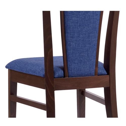 Masivní dřevěné čalouněné židle do kuchyně.