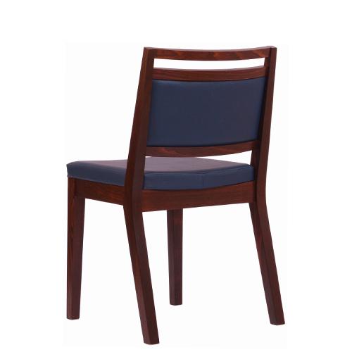 Pohodlné restaurační dřevěné židle