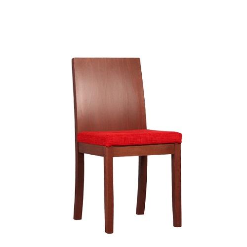 Dřevěné židle do resturace čalouněné