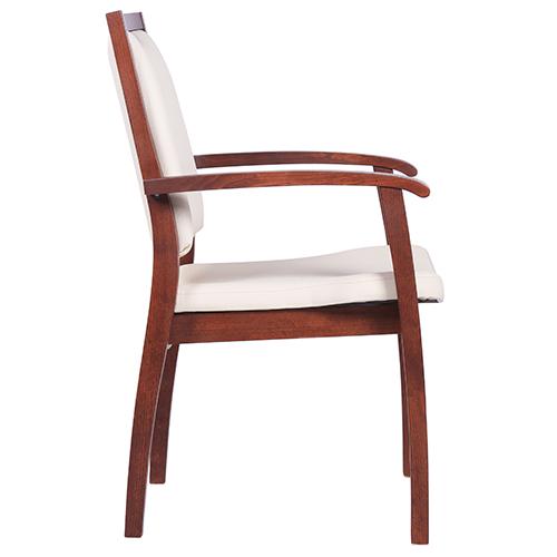 Dřevěné židle do čekárny