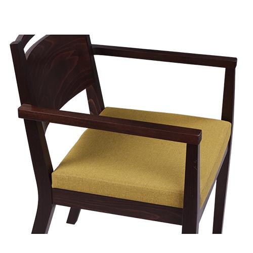 Dřevěné židle s loketní podpěrou