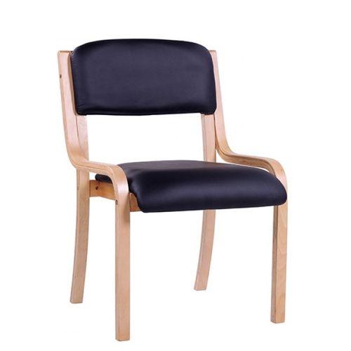 Dřevěné židle stohovatelné pro konference nebo do čekáren.