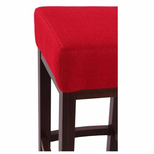 Dřevěné barovky a stoličky do restaurace