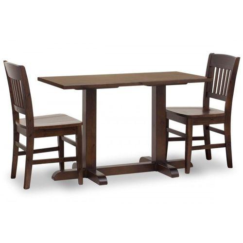 Masivní borovicové stoly pro restaurace