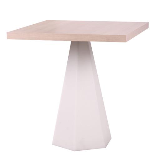 Nohy stolu