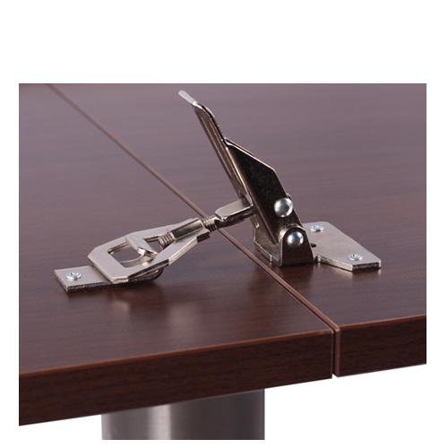 Stolové spopjení pro sklapovací stoly